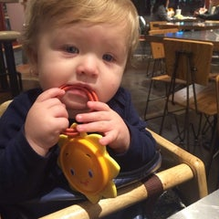 Photo taken at Chipotle Mexican Grill by Aqua L. on 12/23/2013