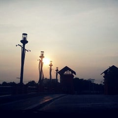 Photo taken at Setthasiri Prachachuen Lake by .🎀👧Benz A. on 11/23/2012