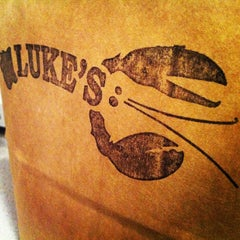 Photo taken at Luke's Lobster by Suitkace R. on 2/13/2013