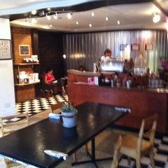 Photo taken at Pourquoi Pas Espresso Bar by Danny_3r on 9/7/2013