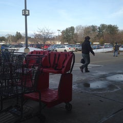Photo taken at Hannaford Supermarket by Mark B. on 3/13/2015