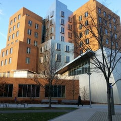 Photo taken at MIT Stata Center (Building 32) by Heeseon P. on 11/29/2012