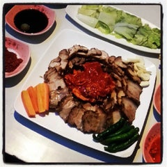 Photo taken at Chosun Chicken by @gLenzzo on 6/15/2013