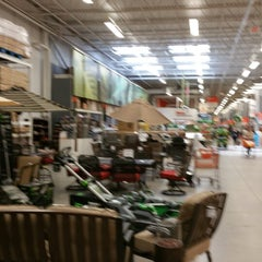 Photo taken at The Home Depot by Natalia B. on 4/26/2015
