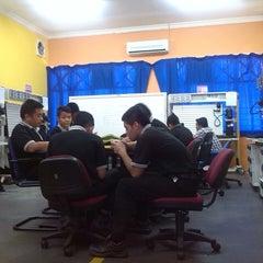 Photo taken at Kota Samarahan Industrial Training Institute - Institut Latihan Perindustrian (ILP) Kota Samarahan) by Sukil L. on 10/14/2013