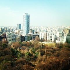 Photo taken at 新宿中央公園 (Shinjuku Central Park) by Joon P. on 2/7/2013