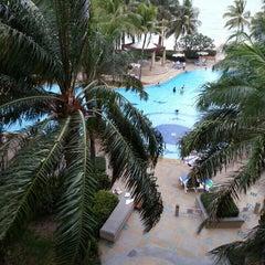 Photo taken at Springfield Beach Resort Cha-Am by Kiengchanok K. on 5/2/2015