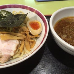 Photo taken at 無敵家 新宿三丁目店 by ごう on 7/5/2015