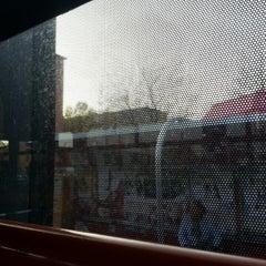 Das Foto wurde bei Pekná cesta (tram, bus) von Veronika P. am 10/20/2013 aufgenommen