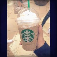 Photo taken at Starbucks by Ekapat W. on 3/15/2013