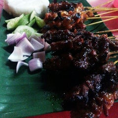Photo taken at Satay Ismail by EL M. on 8/21/2013