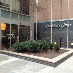 Photo taken at Hampton Inn - Madison Sqr Grdn Area by AKKO on 2/25/2013