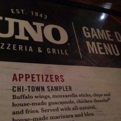 Photo taken at Uno Pizzeria & Grill - Boston by Fawwaz N. on 7/6/2014
