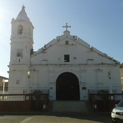 Photo taken at Iglesia Santa Librada by Soehelen R. on 1/13/2014