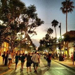 Photo taken at Third Street Promenade by Paul T. on 8/21/2012