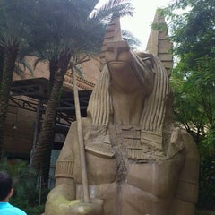 Photo taken at Revenge Of The Mummy by BLANC on 2/3/2012