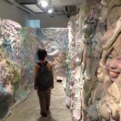 Photo taken at Hidari Zingaro 左 甚蛾狼 by Yusuke M. on 4/29/2012