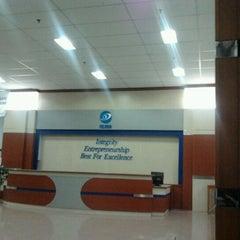 Photo taken at Fakultas Bisnis Telekomunikasi dan Media by Gia R. on 5/4/2012