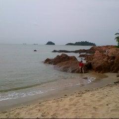 Photo taken at Ramunia Beach Resort @ Teluk Ramunia by Mohamad noor J. on 6/2/2012
