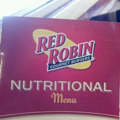 Photo taken at Red Robin Gourmet Burgers by Pierre W. on 3/26/2012