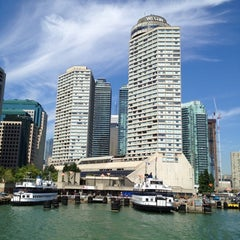 Photo taken at The Westin Harbour Castle by Ruud R. on 9/11/2012