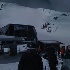 Photo taken at Peak Express Chair by Macoto I. on 4/20/2012