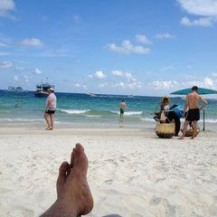 Photo taken at Sai Kaew Beach Resort (ทรายแก้ว บีช รีสอร์ท) by Jojo ! P. on 4/20/2012