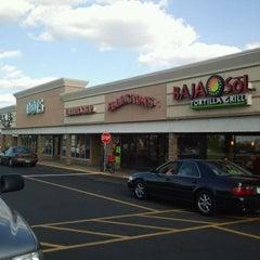 Photo taken at Eddington's Soup and Salad - Roseville by Kristine F. on 6/2/2012