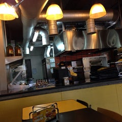 Photo taken at Yellow Cab Pizza Co. by Ju  L. on 11/26/2013
