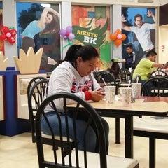 Photo taken at Burger King by Ricardo G. on 1/13/2014