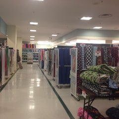 Photo taken at Jo-Ann Fabric and Craft by Leigh . on 9/25/2013