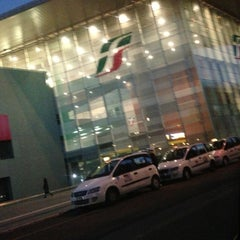 Photo taken at Stazione Roma Tiburtina by Paolo Z. on 12/18/2012