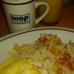 Photo taken at IHOP by Andrea N. on 2/2/2016