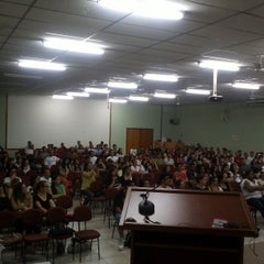 Photo taken at Faculdade de Americana (FAM) by Anderson Rodrigues (. on 3/26/2013