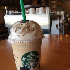 Photo taken at Starbucks (สตาร์บัคส์) by Absolute A. on 6/9/2015