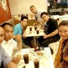 Photo taken at KFC by Cha C. on 6/4/2014