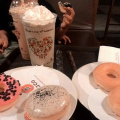 Photo taken at J.Co Donuts & Coffee by Dona K. on 9/4/2015