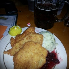Photo taken at Fritz & Franz Bierhaus by Herman M. on 10/14/2012