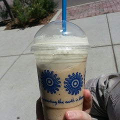 Photo taken at Peet's Coffee & Tea by Shannon C. on 8/19/2013