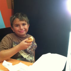 Photo taken at Dunkin' Donuts by Vincent F. on 5/31/2013