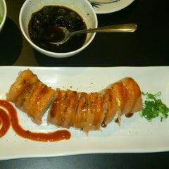 Photo taken at Sushi Koi by Luroda M. on 3/2/2013