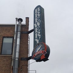 Photo taken at Goose Island Brewpub by Mike F. on 10/30/2012