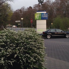 Photo taken at Holiday Inn Express Frankfurt Airport by Alexander V. on 4/1/2014