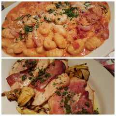 Photo taken at Buca di Beppo Italian Restaurant by Ade W. on 6/22/2015