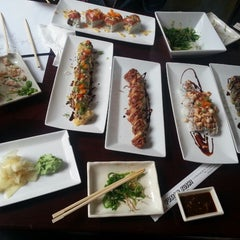 Photo taken at Fusion Sushi by Ivonca on 1/11/2014