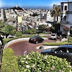 Photo taken at Lombard Street by Drew C. on 5/24/2013