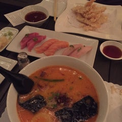 Photo taken at Iroha Sushi of Tokyo by Chang M. on 10/13/2015