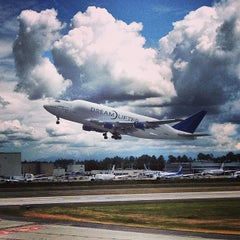 Photo taken at Future of Flight Aviation Center & Boeing Tour by Andy T. on 6/14/2013