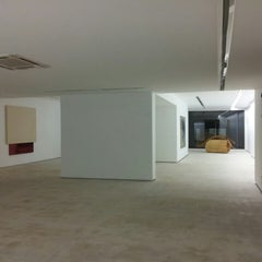 Photo taken at Galeria Fernando Santos by Miguel S. on 12/2/2013