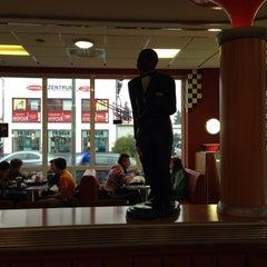 Photo taken at Burger King by Nicole M. on 11/19/2013